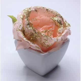 décoration de table fleurs rose rose en pot