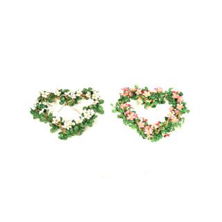 Couronne coeur de feuillage et fleurs artificielles