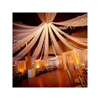 décoration-salle-mariage-tenture-tulle-blanc